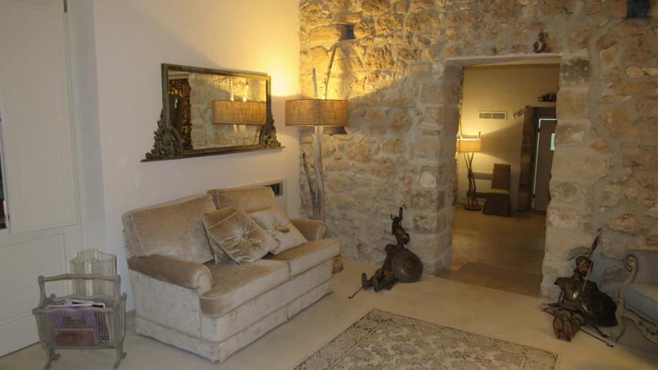 Scilla Maris - Charming Suites Noto_2